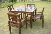木桌(zhuo)椅