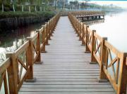 木棧(zhan)橋(qiao)